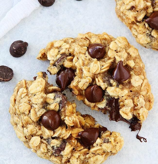 3 Ingredient Oatmeal Chocolate Chip Cookies